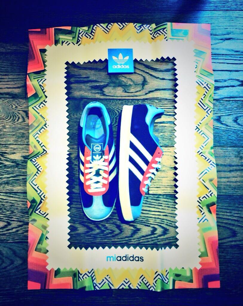 Finally got my #miadidas on #Sneakerswitch designed by @missgypsyone Yeah boy! Very nice. Thanks @adidasoriginals http://t.co/2NHzvDnmcK