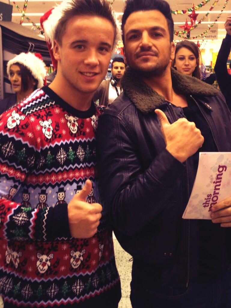 Everybody tune into @itvthismorning for @textsanta ... With THE @MrPeterAndre myself and loads of other peeps! x http://t.co/xnnpjRnPpi