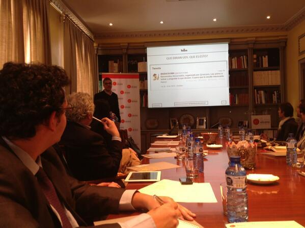 En el #elcanotalks escuchando a @EFOJONC de @THIBER_ESP sobre el bigdata. http://t.co/sgSBNPsIqw