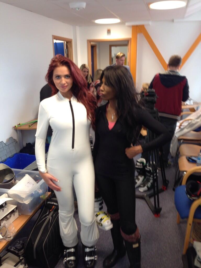 Love this .... All ready for filming with @sinittaofficial #thejump http://t.co/Gtfn1BHa5o