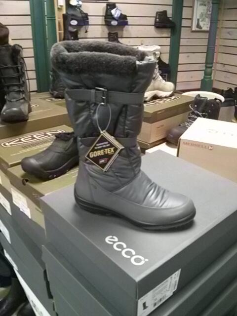b24d287a6e The Ecco Voyage Gore-Tex womens winter boot is now on our sales table for  30% off! ...