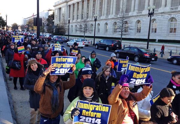 #Fast4Families procession makes its way down Independence Ave - the #TimeIsNow for immigration reform! http://t.co/EAQSU6kH4U