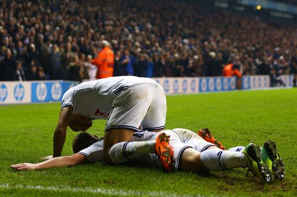Andros Townsend and Lewis Holtby shared a tender moment celebrating their combined Spurs golazo v Anzhi [Picture]