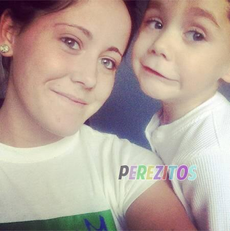 Jenelle Evans Hasn't Been Sober During Her Pregnancy With Baby Number Two?? http://t.co/VCSSz780fy http://t.co/MxzXXWpjiN