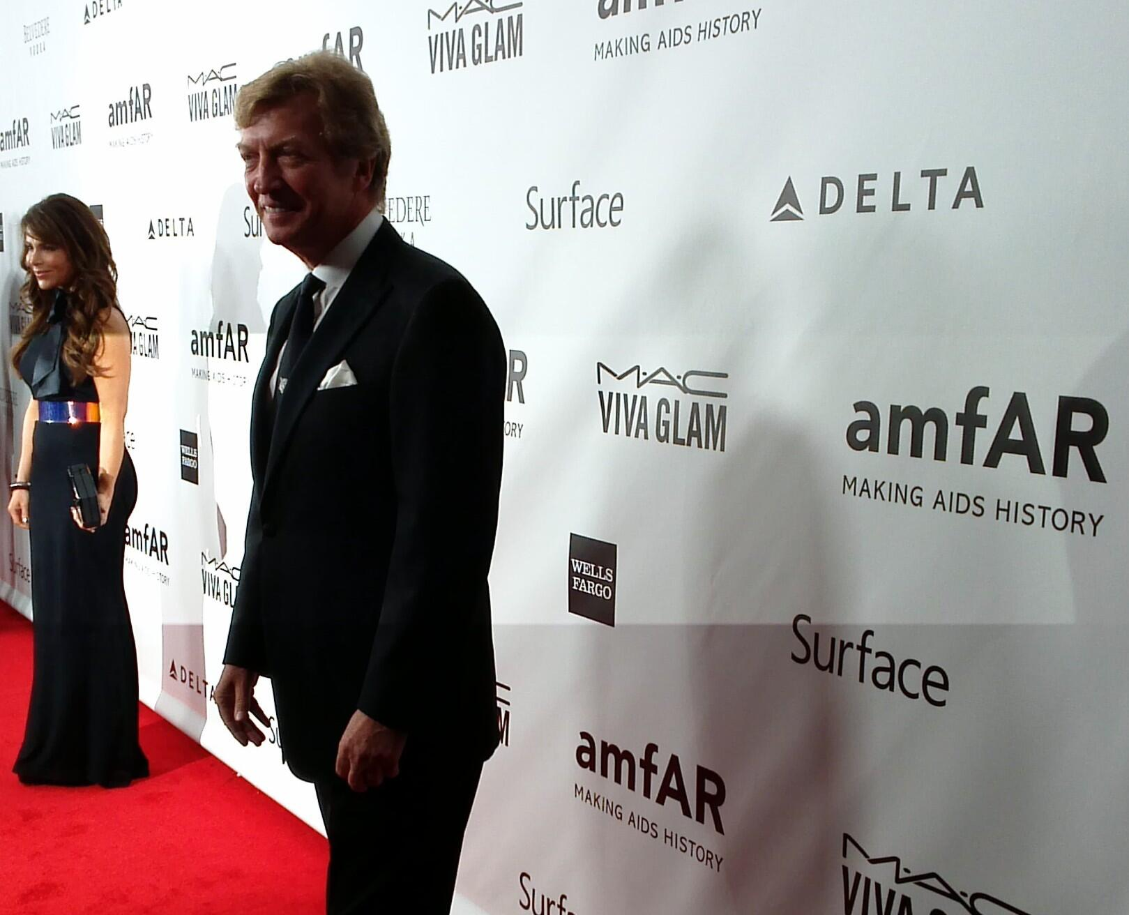 RT @amfAR: Friends @paulaabdul @dizzyfeet hit the #RedCarpet together to support #amfARInspiration in LA http://t.co/0DXveLqBtG