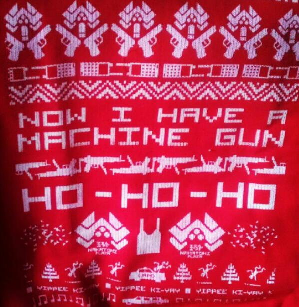 kevin oliver murray on twitter doalty lighthoused7 my diehard christmas jumper httptcoefphbq7uwu