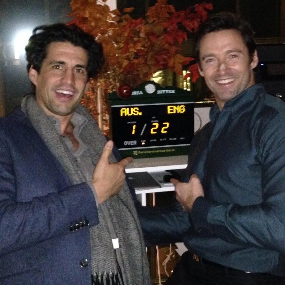 With @Andy_Lee in NYC cheering on the Aussies with a VB scoreboard. Love it! Great time. Steven Smith. http://t.co/n2PGFeMTwc