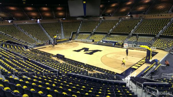 Michigan Mens Basketball On Twitter A Maized Out
