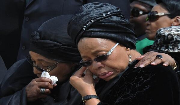 Graca Machel & Winnie Madikizela-Mandela at the Mthatha Airport during the arrival of the remains of MadibaGCIS #Qunu http://t.co/lLabFYIFHC