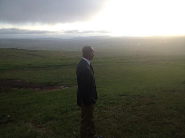 #Qunu hill where # Madiba used to watch the sunset in later years while listening to Tchaikovsky. Beautiful http://t.co/CETb5fS500