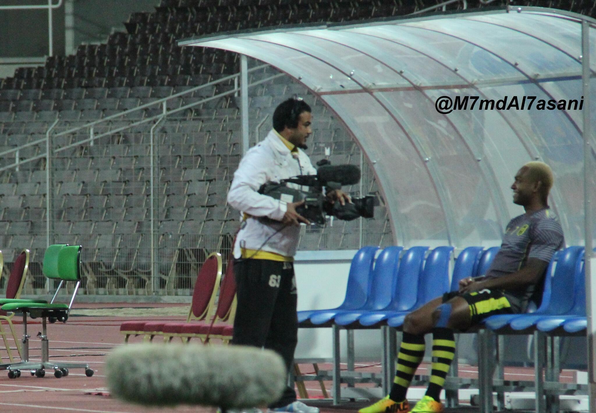 تصوير ارضية الملعب/ تغطية لمباراة