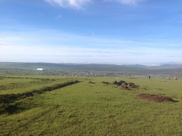 Perfect day in #Qunu as the village readies to bury its son #mandela father of the nation http://t.co/cbaQzcpzbj