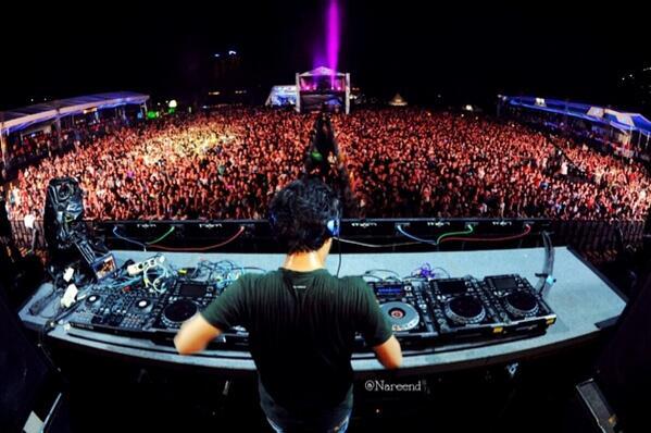 Disc Jockey (DJ) Sebuah Profesi (Hobi)