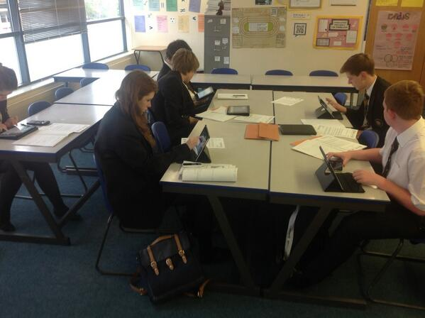 @ICTEvangelist students using iPads to create revision resources using educreations #myipad http://t.co/PnGAjam9HF