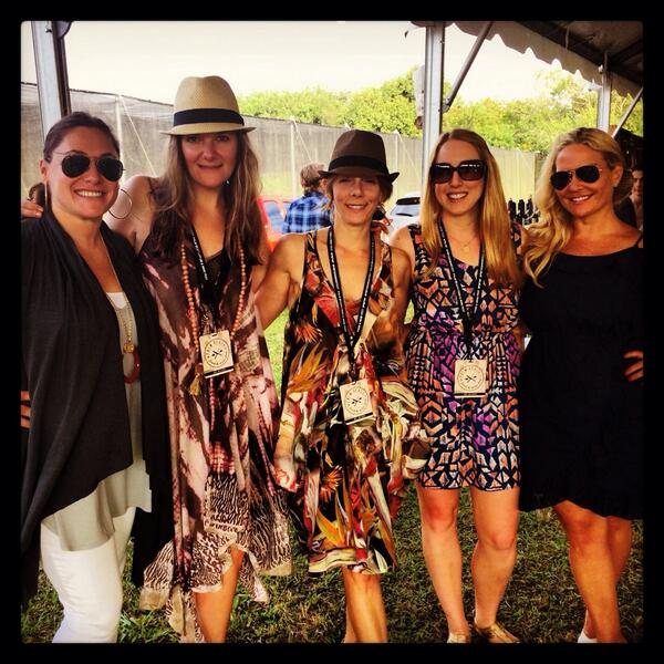Sunday Funday w/ these ladies!@BoilingPoint212 @nycgabrielle @pamelasmurphy @PBFoodWineFest #southerncomfort #PBFWF http://t.co/4hnd2JPAXv