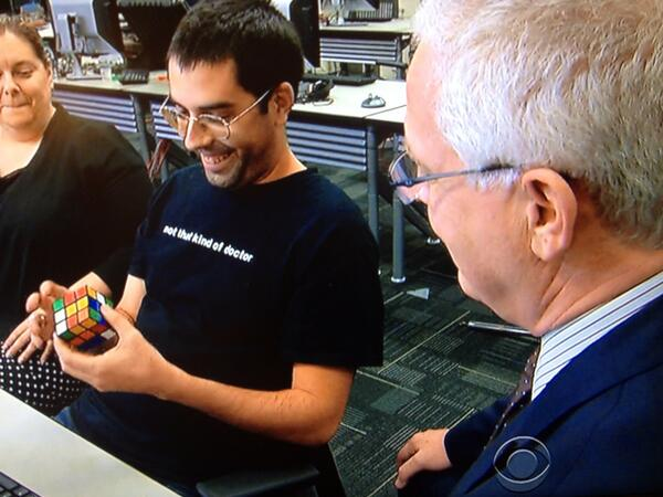 That time a 60 Minutes correspondent asked an NSA analyst to solve a Rubik's cube. #journalism http://t.co/9fgJkLB1oK
