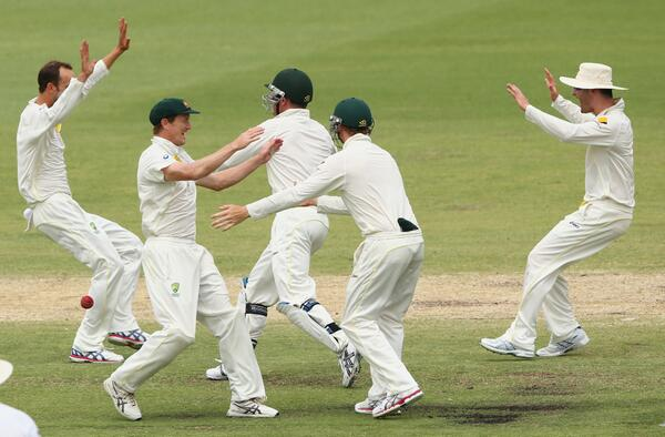 Congratulations to @CricketAus who regains the #Ashes for the first time since 2007. Winning the 3rd Test by 150 runs http://t.co/xsxvjYXpnb