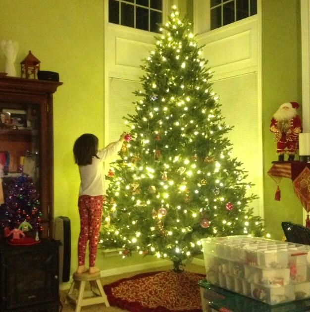 Twitter / JacqueGonzales: We're busy decorating our tree! ...