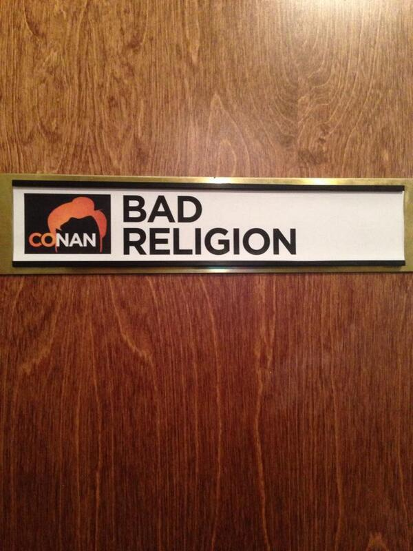 We look good up there, don't we? @TeamCoco presents @badreligion - tonight on TBS 11/10c http://t.co/nZKdINFaKd http://t.co/lFdQRRz6Gs