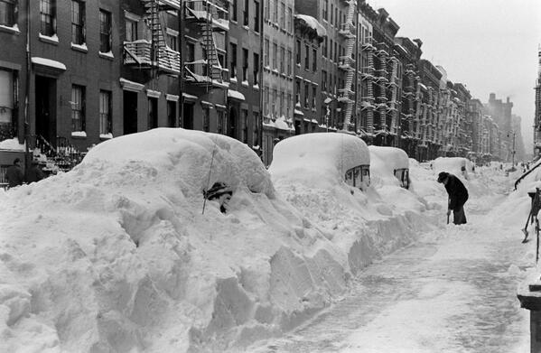Bracing for today's winter storm? @LIFE remembers the great blizzard of 1947. http://t.co/MZLyqFM4Ox http://t.co/py5juSotvx