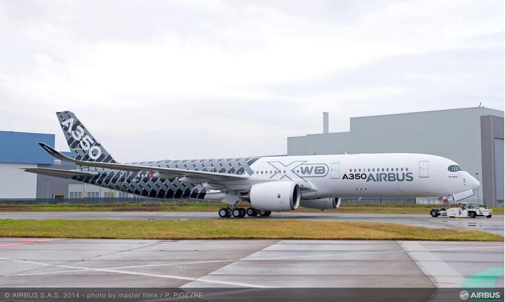 Airbus A350XWB (partie 2) - Page 37 Bc-T557CUAAmYPh