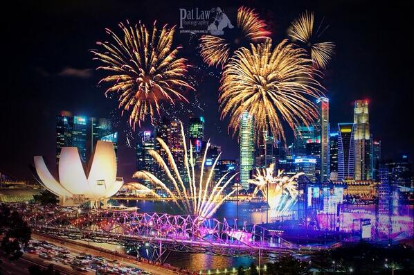 changi airport on twitter happynewyear from singapore k 2014 visitsingapore httptcokvabvnwqgx