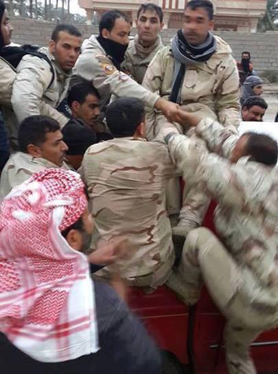 الثورة_العراقية - صفحة 2 Bc7KGXKCMAADWVa