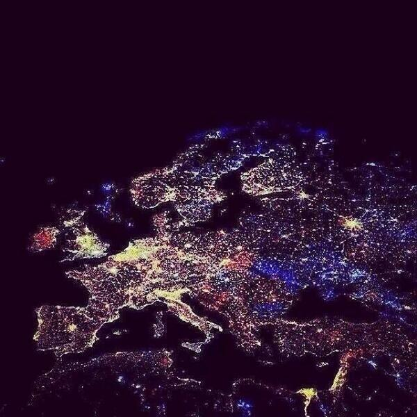 NYE from space last night.... http://t.co/H1LG2tfhE3
