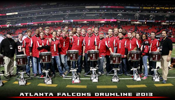RT @FalconsDrumline: Group shot