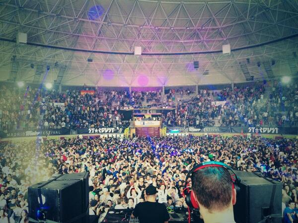 I'm a background DJ! Happy 2014 y gracias Madrid! http://t.co/I4m4qtr0jd