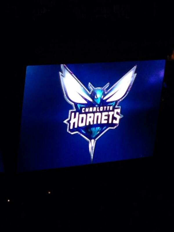 Welcome back #hornets! #BuzzCity http://t.co/uu5pfiYmy3