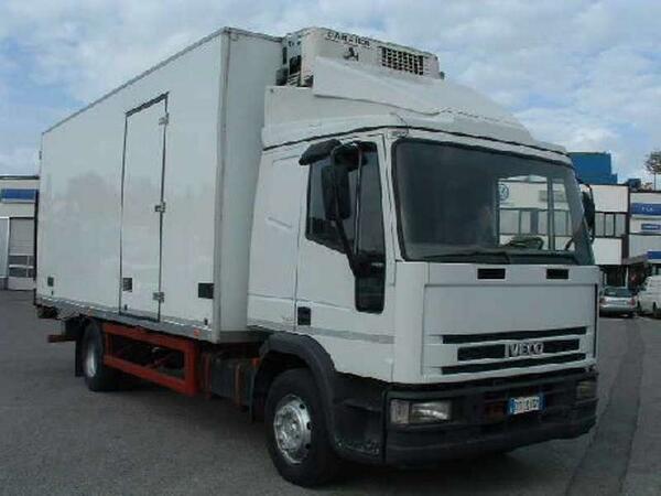 Svizzera: un camion frigorifero su sei non sarebbe in regola