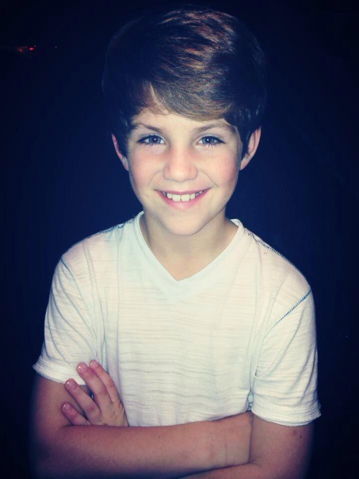 "MattyBRaps on Twitter: ""Great weekend with family! :) http ..."