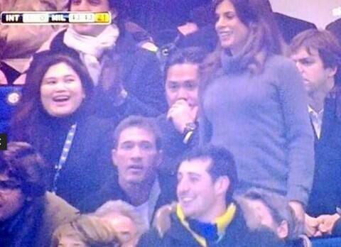 Italian beauty Elisabetta Canalis enjoyed herself during Inter Milans win over AC Milan [Pictures]