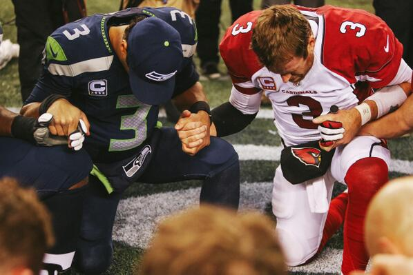 @DangeRussWilson was cool seeing you praying directly next to @carsonpalmer last night. shows amazing perspective. http://t.co/EwyZpnzATO