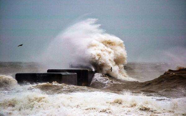 #UKStorm view from Hastings http://t.co/2Sc1ebq4yO