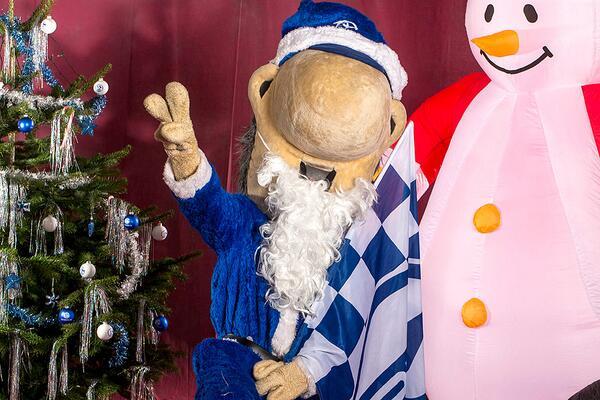Schalke Bilder Weihnachten.Fc Schalke 04 On Twitter Der S04 Wünscht Allen Schalkern Frohe