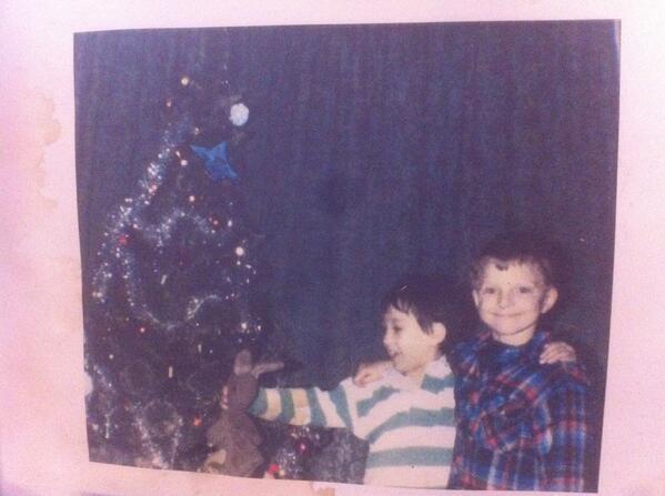 MERRY CHRISTMAS FROM 5 YEAR OLD CRU AND ANDY!! #Crandy #Christmas #familyphoto @crufuturekicks @andyfuturekicks http://t.co/IDqFIxJEUN