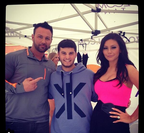 shoutout to my favorite couple on their pregnancy, @JENNIWOWW & @RogerMathewsNJ