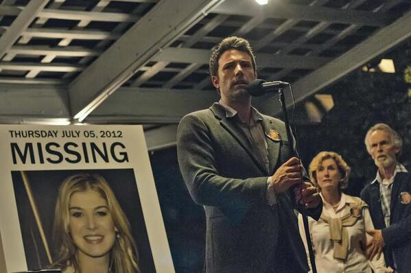 Here's Your First Look at the Gone Girl Movie