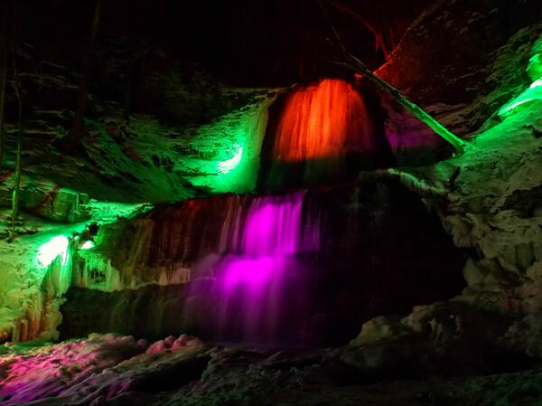 Great to see Sherman Falls all lit up tonight, thanks to Chris Ecklund and @cityofwaterfall  Beautiful!! #HamOnt http://t.co/bOUrOqzx8n