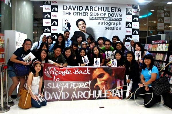 The SG Archies in Feb 2012. Happy Birthday David Archuleta! http://t.co/IAZu4u6Ndw