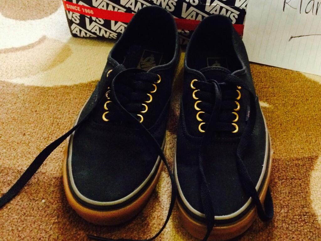 vans authentic gum rubber