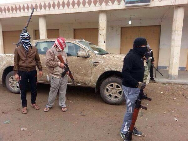 عشائر الأنبار تعلن حالة الأستنفار مقتل العلواني واعتقال Bcu0OjpIEAERyo4.jpg: