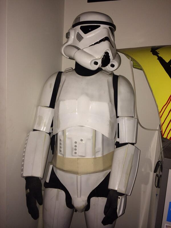 Who wants to see me in my original stormtrooper outfit? Get me 200 RT's and I will post a pic! @starwars @itv2 http://t.co/N3nLYpLle0