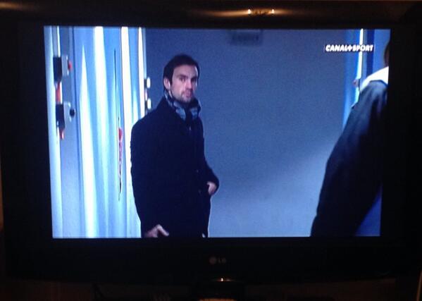 en attendant son retour, #Morgan #Parra traine dans les couloirs des stades en mode #BeauGosse ;)<br>http://pic.twitter.com/lc0Nl2Ljcj