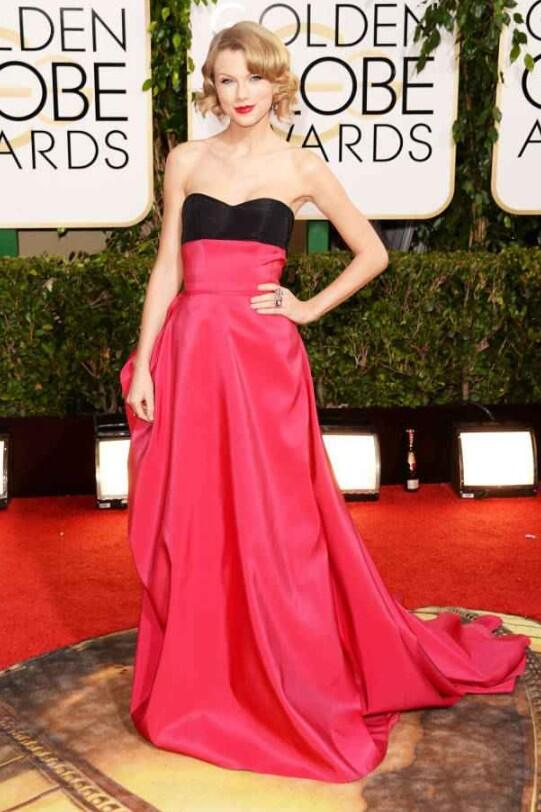 My last best dressed nominee is @taylorswift13 in @HouseofHerrera #GoldenGlobes http://t.co/BF5YUXpQnt