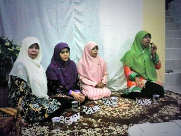 Ibu Runingsih di acara silaturahim Ibu Wakil Walikota Bandung