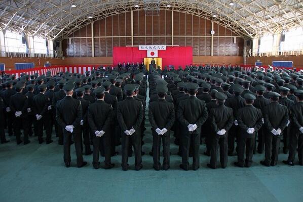 色々と話題の成人式ですが、陸上自衛隊の成人式を見てみましょう。