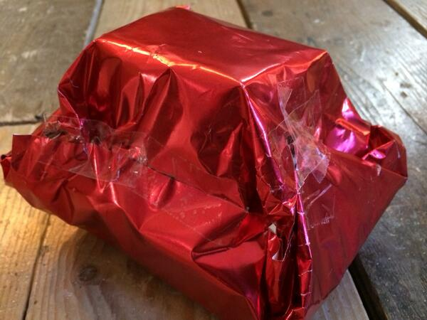 Derren brown on twitter for a gay man my gift wrapping skills derren brown on twitter for a gay man my gift wrapping skills are appalling httptqgyaovj2ym negle Images